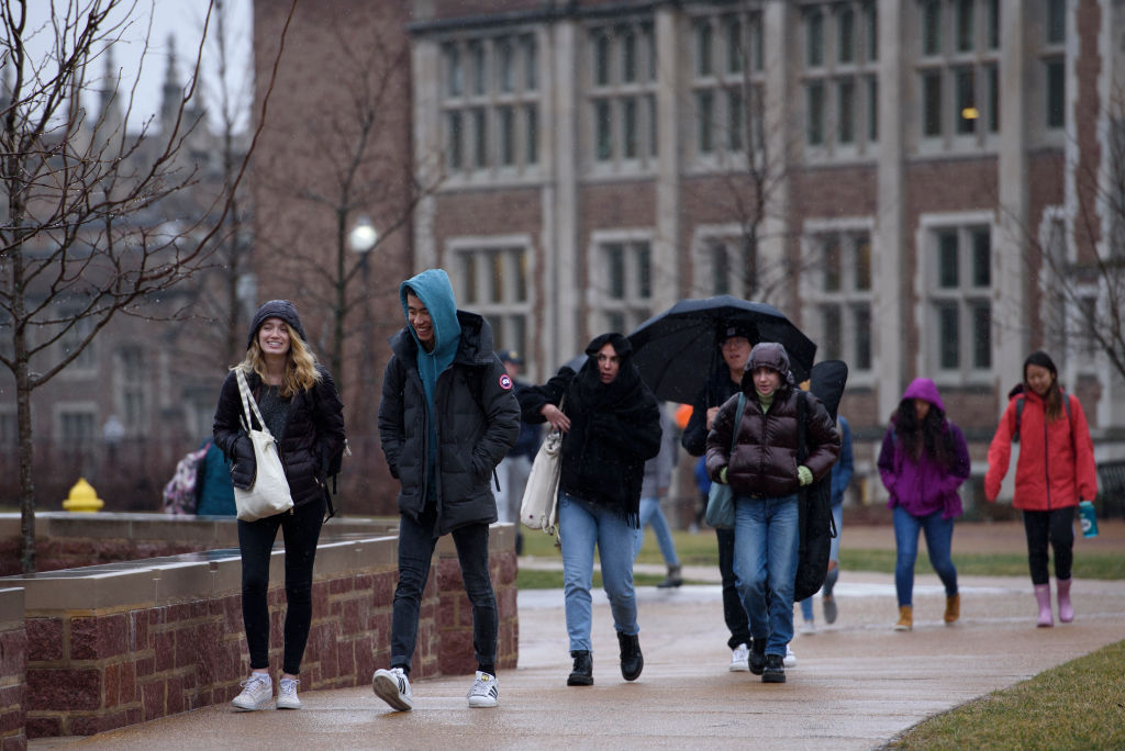 Wealthy colleges see double digit returns in fiscal 2021