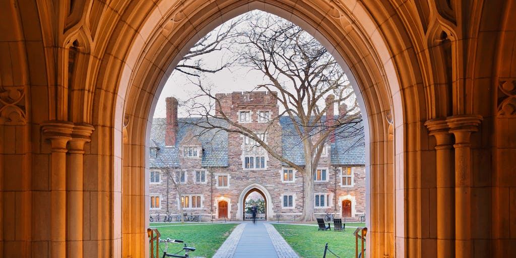 Why Most Ivies Offer Few Online Degrees—And Whats Happening to